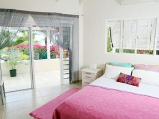 Double bedroom no 3 with sea view