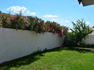 3 chambres, RDC, jardin, parking, jusqu'à 8 pers, Montpellier