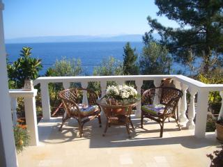 Paxos Sunrise VillaTwo-Bedroom Villa with Sea View