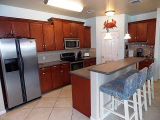 Safe Harbor, 3 bed town home with community pool!