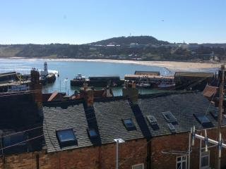 Harbour View Cottage, Scarborough