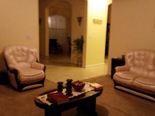 Spacious Bedroom /  private Bath up to 4 guests, West Palm Beach