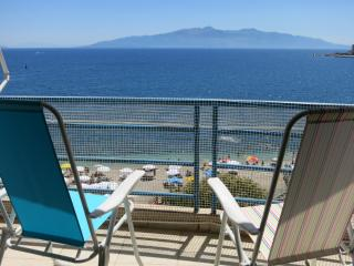 3 room luxury apartment with sea view in each room, Sarandë