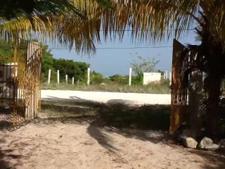 CASA EN LA PLAYA DE CELESTUN,YUCATAN, Celestún