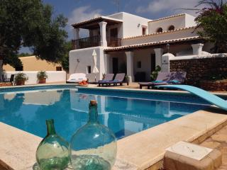 CHARMING HOUSE CLOSE TO LAS DALIAS, Sant Carles de Peralta