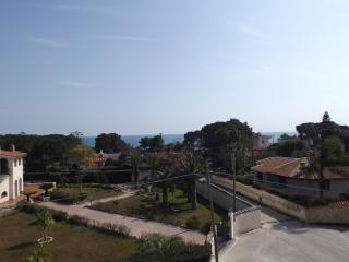Bilocale Medi in villa  a 100 m dal mare