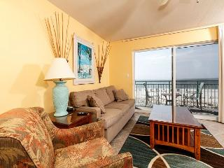 PI 215:PERFECT spot for SUN & FUN, this 1BR will exceed your expectations!