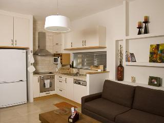 Amazing 2BR apt near the Banana Beach Tel Aviv, Jaffa