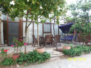 2Aircon, Garden, Close2Beach,2+1,WiFi, LedTV, Full, Seferihisar