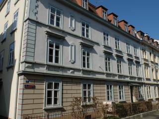 Pensione Lungomare, Basilea