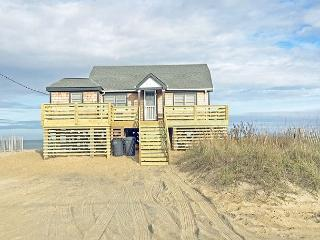 KH4111- THE BEACH BARN, Kitty Hawk