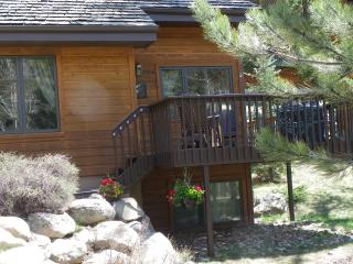 AspenHaus Cabin- hike into the RMNP, walk to river, Estes Park