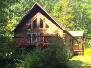 Chalet with Private Pond, Fireplace, Hot Tub, and Free WiFi