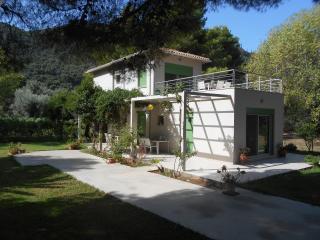 Brunello House Apartments, Lefkada Town