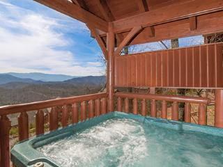Romantic Views (Formerly BearRiffic Views), Sevierville