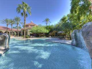 Luxury 2 Bedroom Condo in North Scottsdale