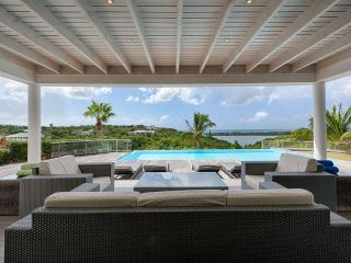 NO LIMIT...3 equal master suites, luxury, views, great for couples!