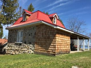 The stone house was built using local stone from the island including Jasper Congolomerate.