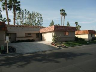 Golf / Tennis / Pool Two Bedroom Condo Getaway ~ RA52697, Palm Desert