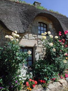 Beautiful Breton stonework and thatched roof