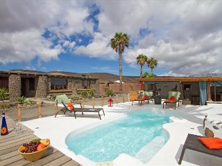 Villa LVC224631, Arrieta