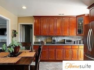 BEAUTIFUL, SPACIOUS AND ELEGANT 2 BEDROOM, 2 BATHROOM APARTMENT, San Jose