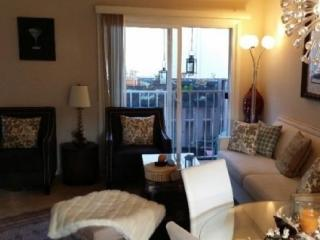 Charming 2 Bedroom 1.5 Bathroom in Glendale
