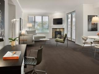 MODERN AND SPOTLESS  FURNISHED 2 BEDROOM 2 BATHROOM APARTMENT, Beverly Hills