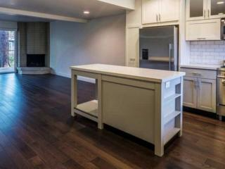 VIBRANT AND CLASSY FURNISHED 3 BEDROOM 2 BATHROOM APARTMENT, Tiburon