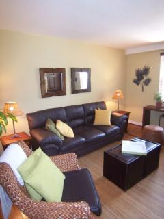 Spacious and Well Design - 1 Bedroom Condo Unit, Alexandria