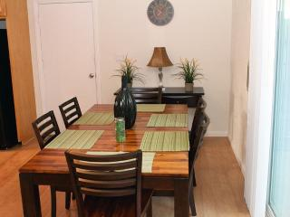 Perfect for Families, Sleeps 10!, Redondo Beach