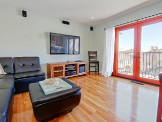 Cozy Ocean View Home - 3 Bedroom 2 Bathroom in Manhattan Beach