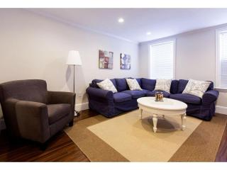 LIGHT-FILLED AND CHARMING 3 BEDROOM, 1.5 BATHROOM APARTMENT, Boston