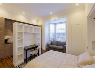 CHARMING, CLEAN AND COZY STUDIO APARTMENT, Boston
