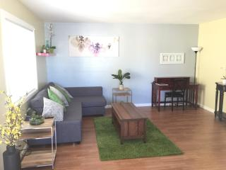 Pets OK! Parking. BART. Laundry. 2br Private Apt., Richmond