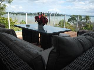 Luxury Kids-friendly Home with Superb Views, Auckland