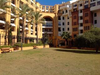 Precioso apartamento con vistas al mar y montaña, San Pedro de Alcantara