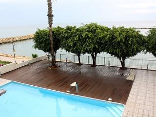 3b Delux pool seafront - Apollonia beach