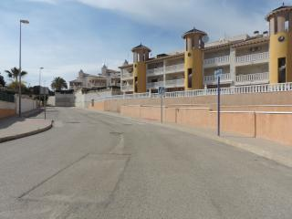 2 Bedroom Apartment Great Location FREE WiFi !!, La Zenia