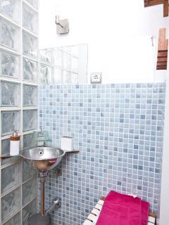 Bathroom Nr. 1