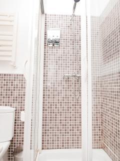 Double Bedroom - Bathroom Nr. 2