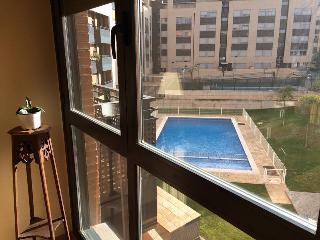 Bonito piso 2 habitaciones.Logrono,Rioja.Wifi,Piscina,Garaje. 5 min del centro.