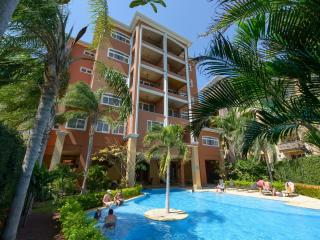Cozy 2 bed, 2 bath Condo Offering Great Ocean and valley views - [NX16], Tamarindo