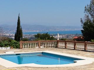 Villa Buenavista Malaga - spectacular panorama of the bay surrounded by mountains