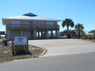 *Beachfront 5 BR/4B Home*Private Pool*Sleeps 12, St George Island