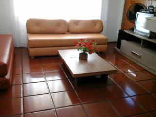 Apartamento no Guarujá  - 550m da praia, Guaruja