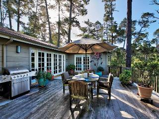3711 - Sanctuary in the Oaks ~ Beautiful in Pebble Beach, Great Outdoor Space