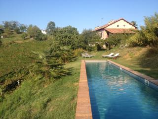 Casa Isabella - Luxury farmhouse in wine country, Nizza Monferrato