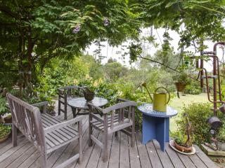 **Butterfly Retreat**, Red Hill