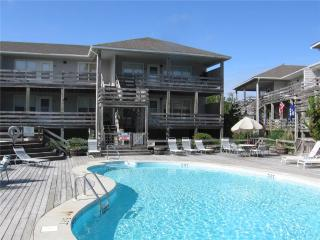 Crocker | 795 ft from the beach | Community Pool